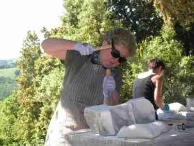 beeldhouwvakantie in het buitenland door Hester Glasbergen
